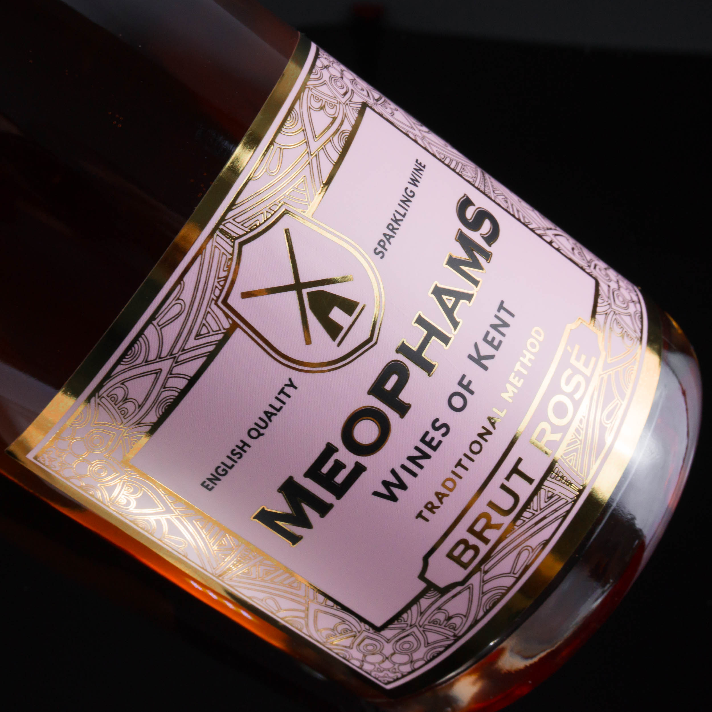 Meophams-Brut-Rose-English-Sparkling-Wine-6