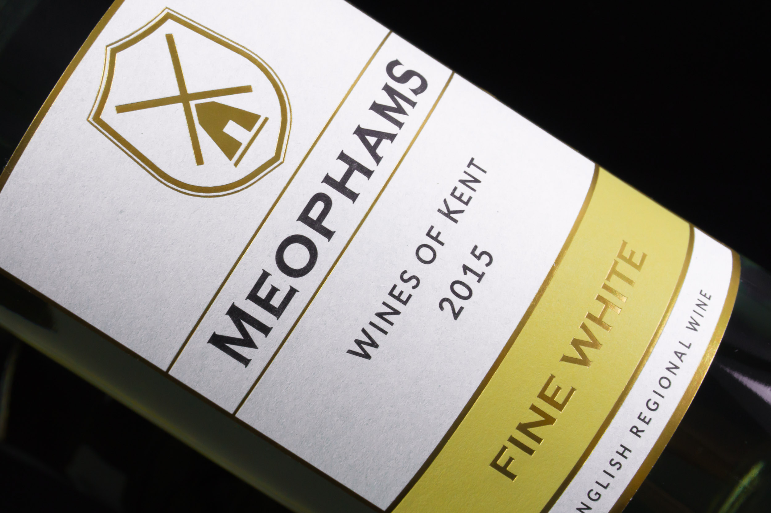 Meophams-Fine-White-Kent-English-Wine-2015-4